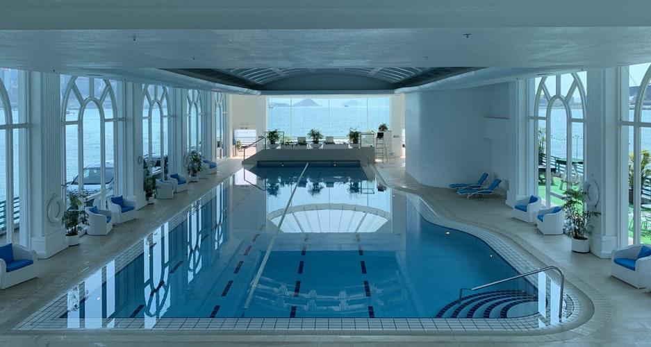 clean enclosed pool