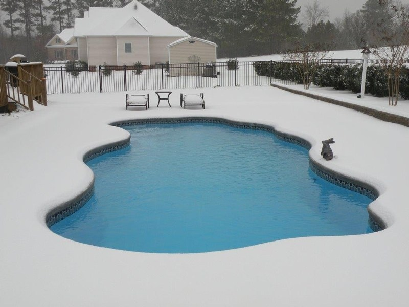 pool during the winter